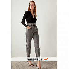 Trendyol Front Anthracite High Waist Button Super Mom Jeans TCLSS19NI0004